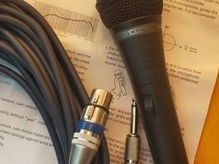 C'PROFESSIONAL HEAVY DUTY DYNAMIC MICROPHONE WITH HEAVY DUTY PROFESSIONAL CABLE!!