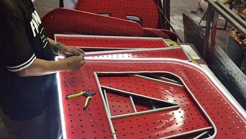 stainless-signage-big-3