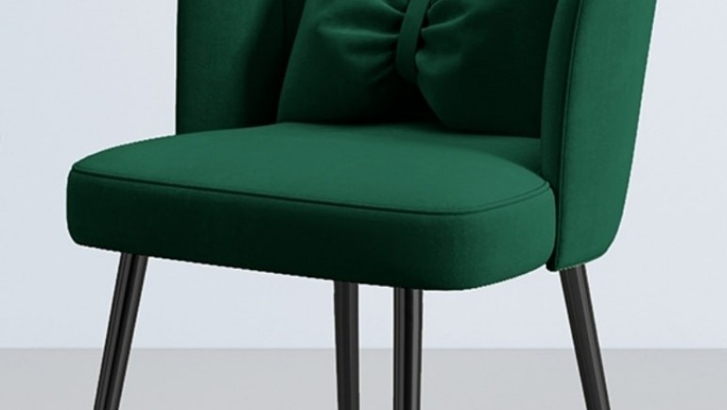 green-scallop-chair-with-black-metal-big-0