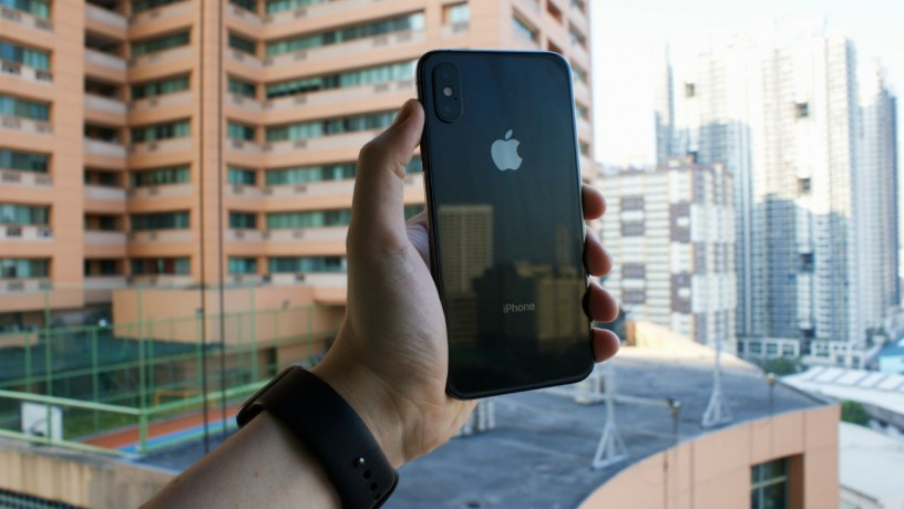 iphone-xs-256gb-space-grey-w-original-box-big-0