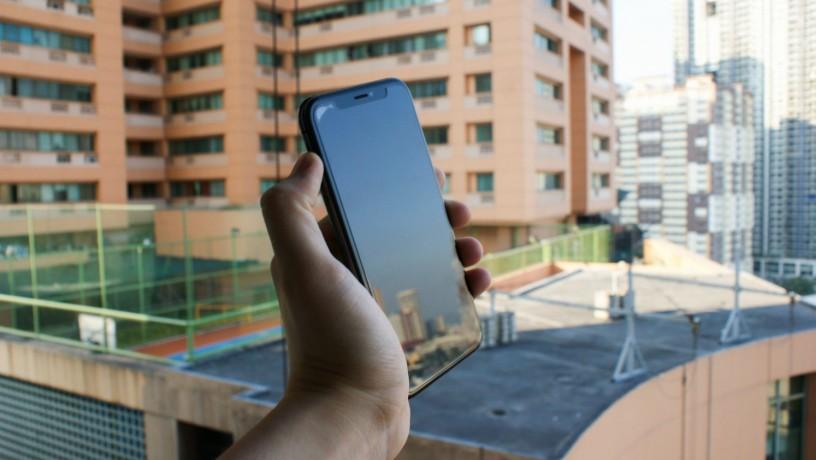 iphone-xs-256gb-space-grey-w-original-box-big-1